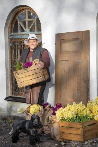 Vårhyacinter med Karl Fredrik