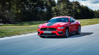 FORD_2021_MUSTANG_MACH-ONE_ACCELERATION_01.jpg