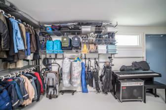 Elfa_garage_storage_swedishfamily_overview 3