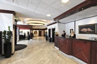 Best Western Plus Hotel Norge reception