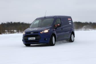 Nya Ford Transit Connect får bekänna färg i Arctic Van test.