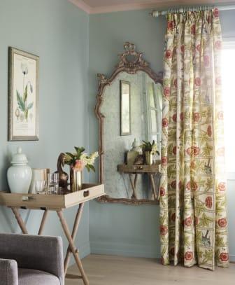 Speil fra Fargerike i romantisk still
