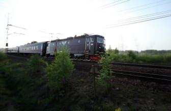 SJ Nattåg i kvällsljus