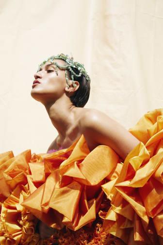 I Reach to Where the Sun Shines – Sandra Saeidi