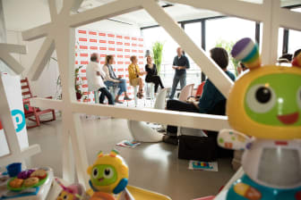 Diskussionsrunde beim Fisher-Price Elternbrunch