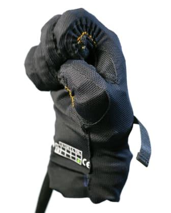 Exoskeletthandsken som ger styrka i handen. Hyper Human