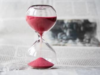 Tiden håller på att rinna ut