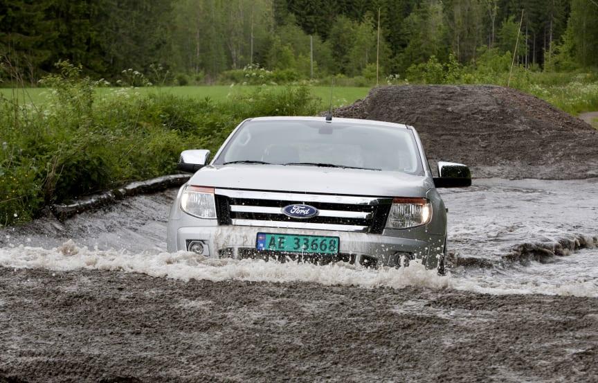 Nye Ford Ranger har en vadedybde på 80 cm - 10 til 35 cm høyere enn sammenlignbare konkurrenter
