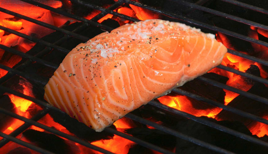 Laks på grill - Norwegian salmon on barbecue