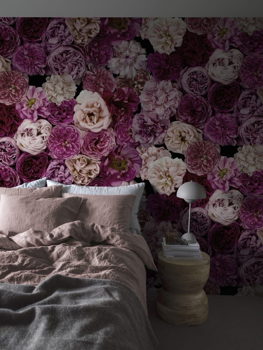 CapturedReality2_Bedroom_2_RoseWall_item_P291601-8_PR