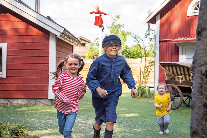 Emil i Lönneberga med barn