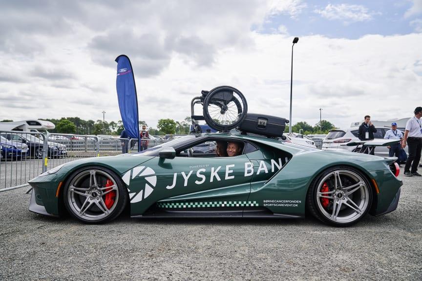 Jason Watt & Ford GT wheelchair2