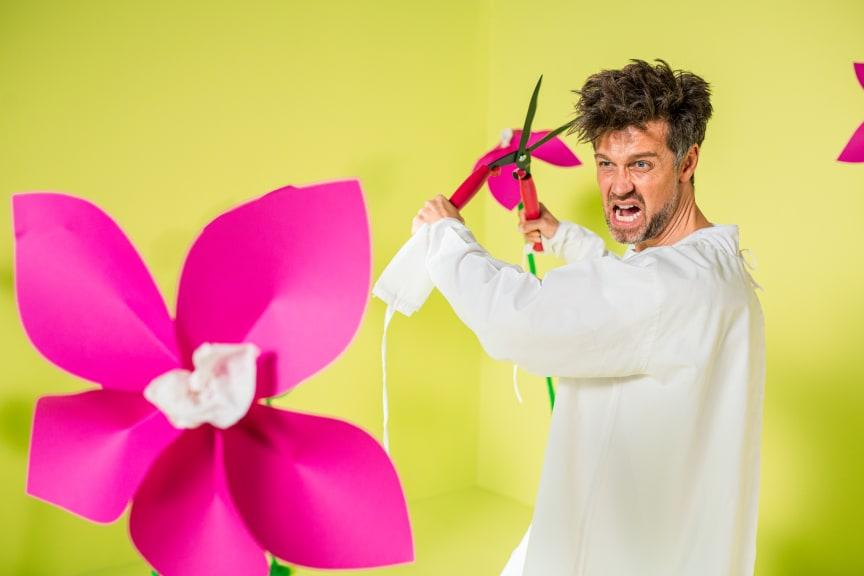 "Szene ""Blumen"" aus dem TV-Spot Präventiophobie der Felix Burda Stiftung"