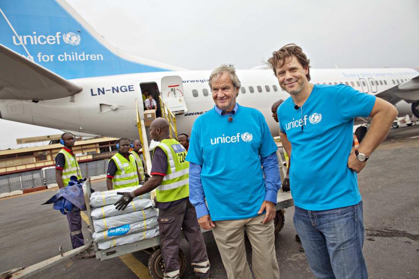 Norwegian's CEO Bjorn Kjos and UNICEF's CEO Bernt G. Apeland in Bangui, CAR
