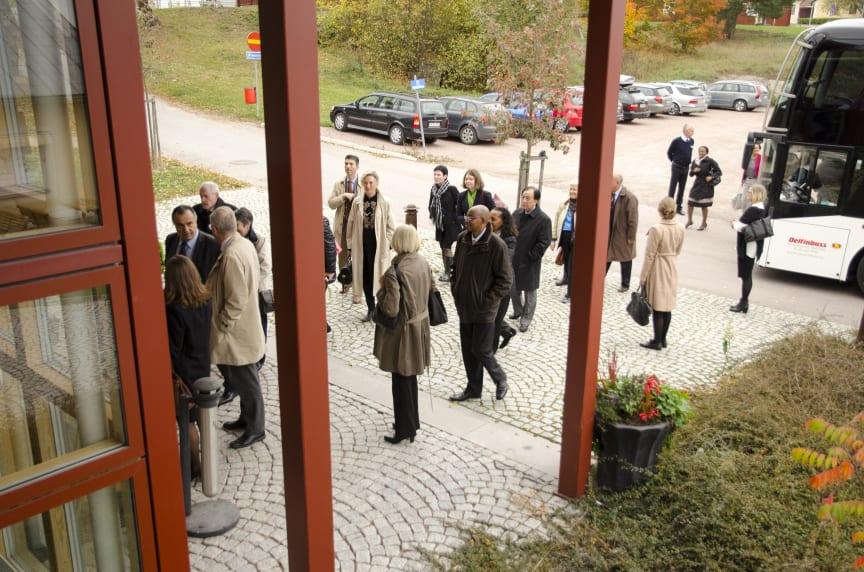 Ambassadörsbesök till Evidensia Specialistdjursjukhuset Strömsholm