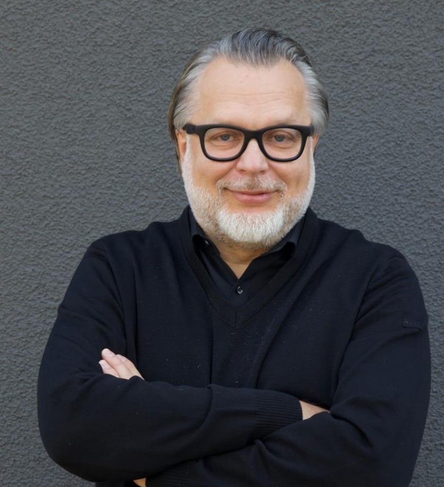 Oliver Scholz