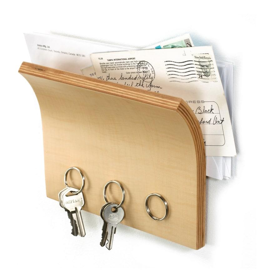 Magnethylla för nycklar och post