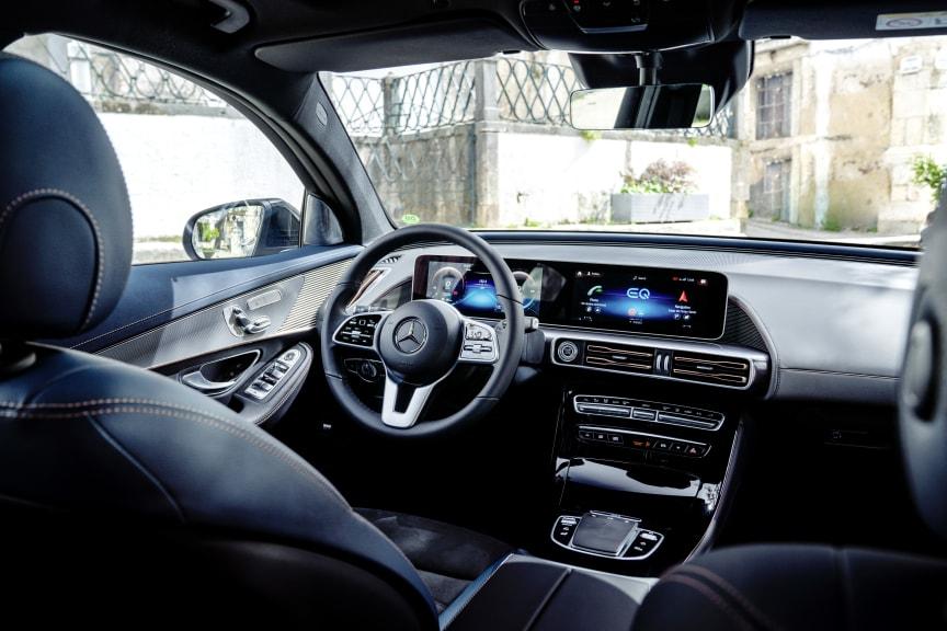 Mercedes-Benz_EQC_400_salesrelease00003