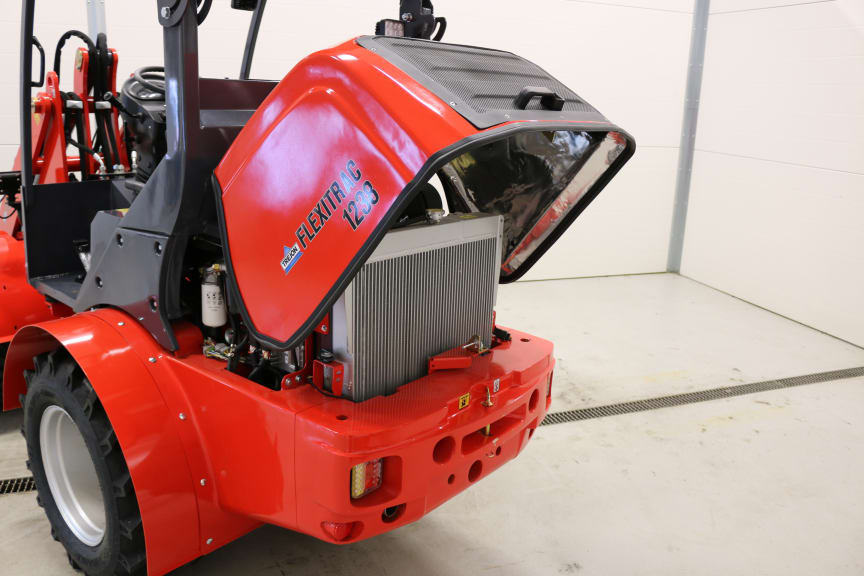 Kompaktlaster - Flexitrac 1238 - Motorrum 01