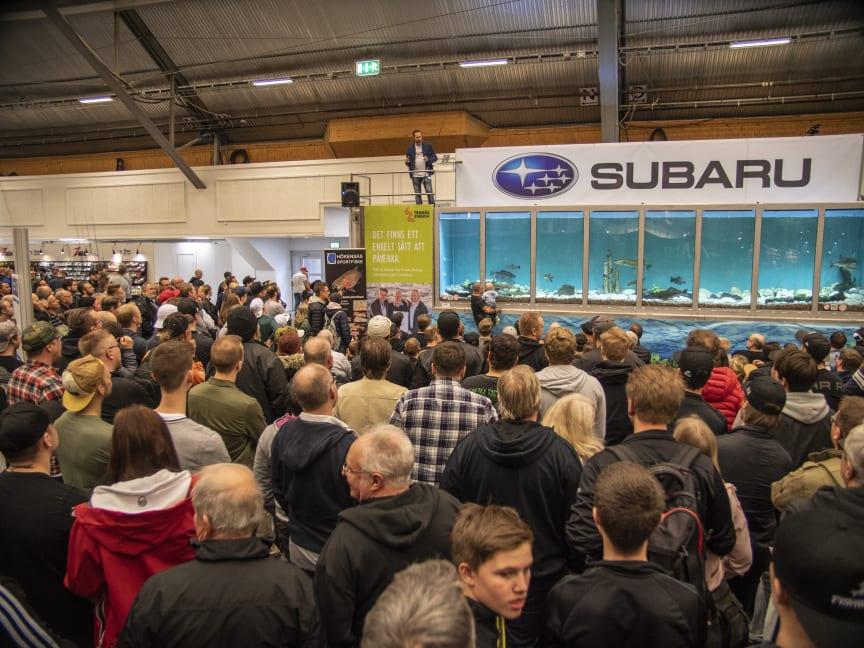 Världens största mobila akvarium finns på plats på Sportfiskemässan.