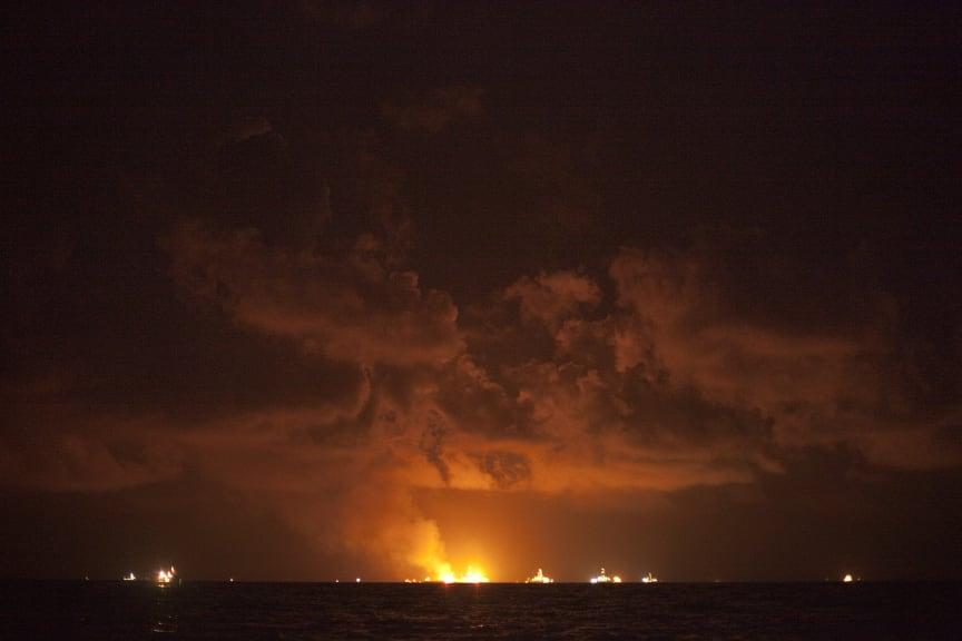 Deepwater Horizon brænder
