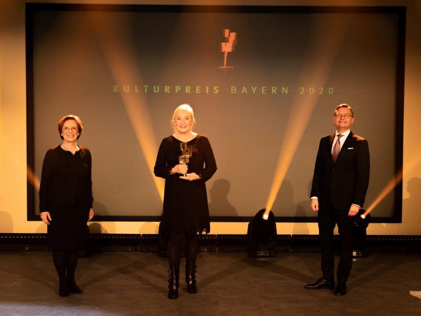 hellwig-schmid-regina-statue-kulturpreis-bayern-2020-copyright-simon-leibl