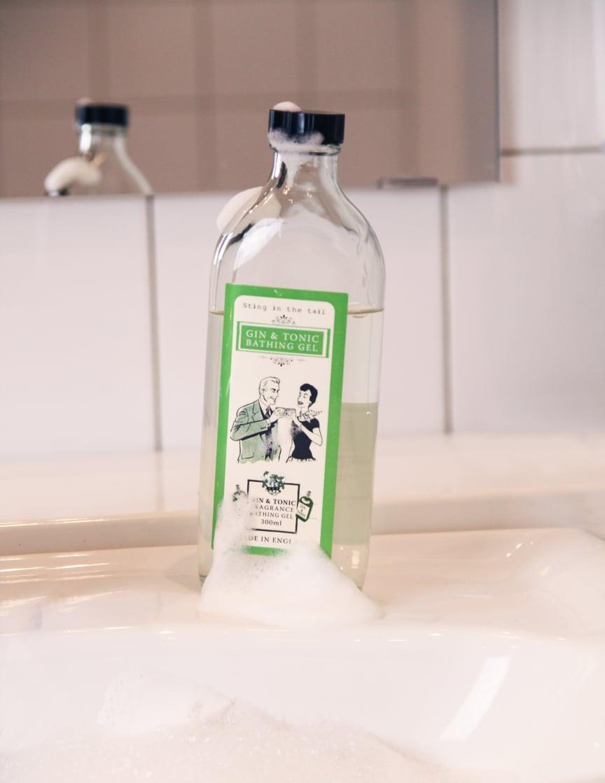 Gin & Tonic badeskum (høyoppløselig bilde)