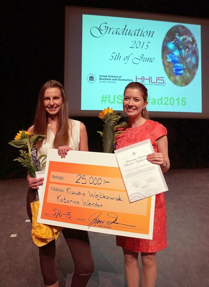 RiseB-uppsatsprisstipendiet Klaudia Wojtkowiak och Katarina Werder.