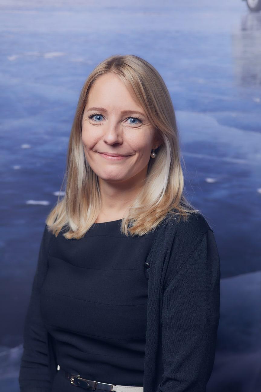 Tiina Rolig, Tamron henkilöstöjohtaja