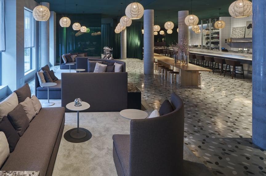 Zander K Hotel, Lobby