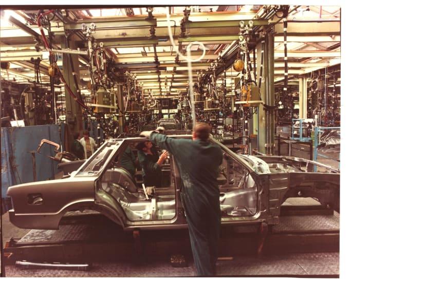 Ford-Plant-Cortina-Mark-VI-Body-Shop-No-1 001