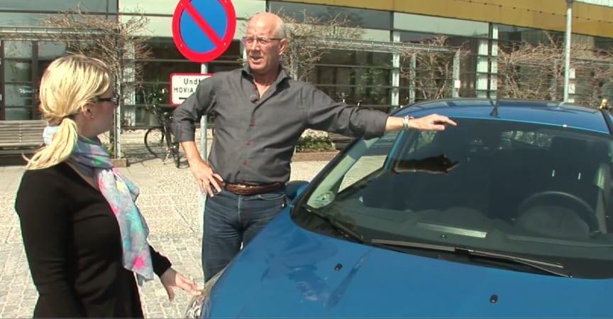 SE VIDEO OM HVORDAN DEN INTELLIGENTE BIL PASSER PÅ DIG