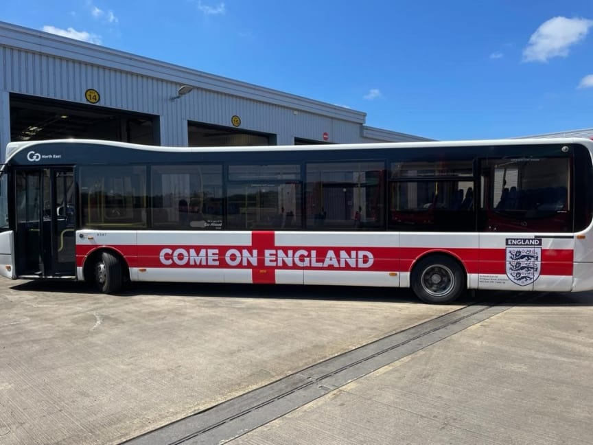 England bus.jpg