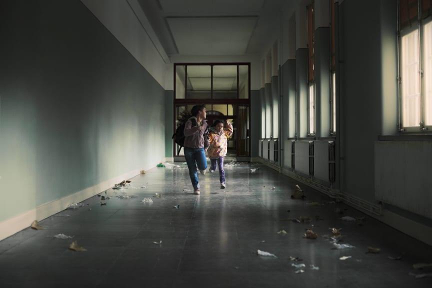 SOS Barnbyar - Flykt
