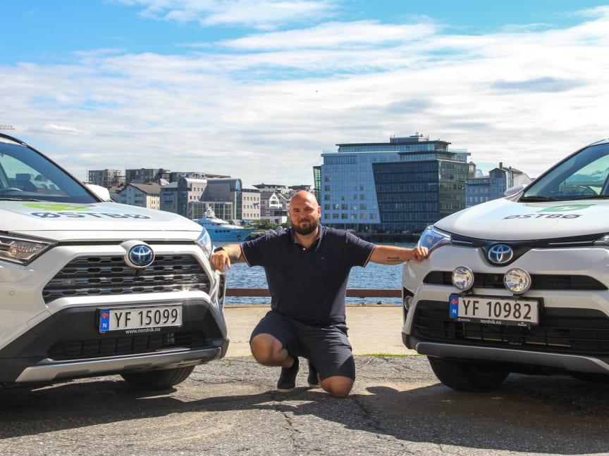 Første kunde i Bodø fikk levert nyheten RAV4 AWD