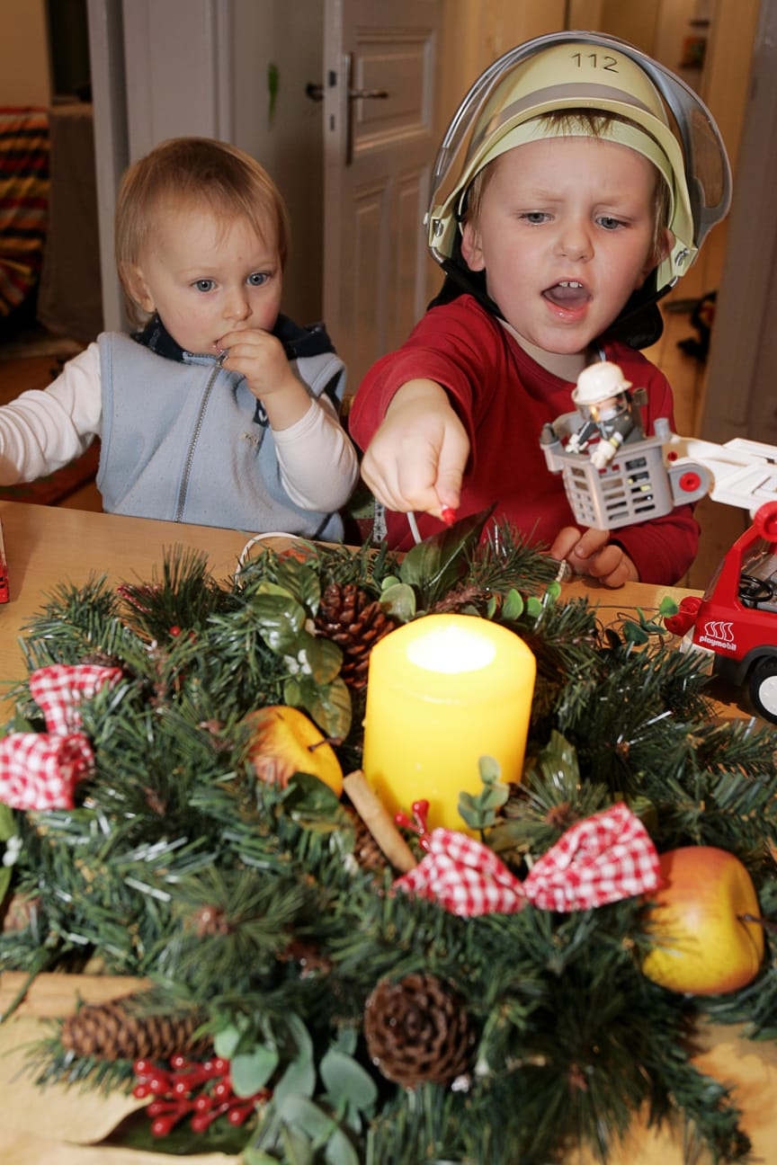 Vorsicht Weihnachten 2 Hochformat
