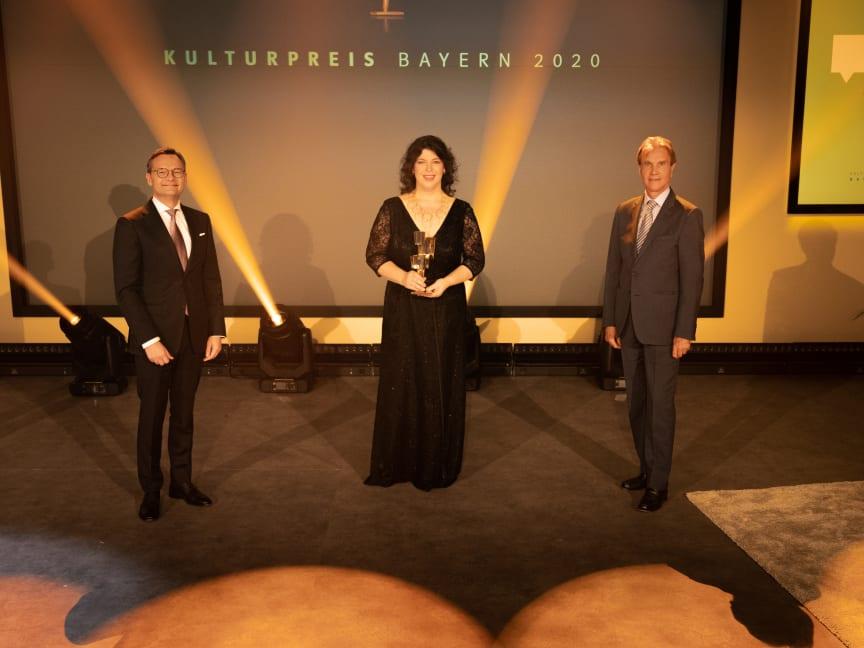mayer-christa-statue-kulturpreis-bayern-2020-copyright-simon-leibl