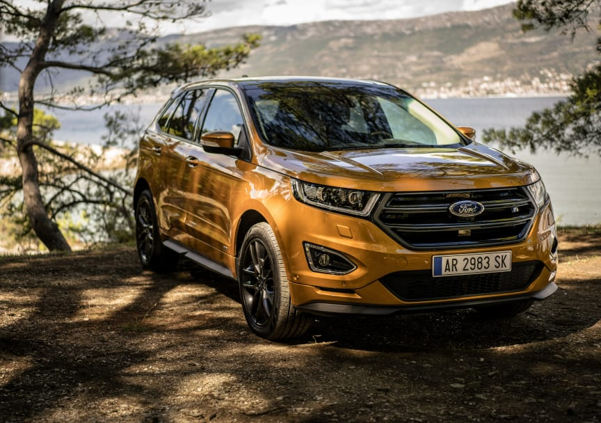 New Ford Edge - Le Fantome - Car and Cast 4