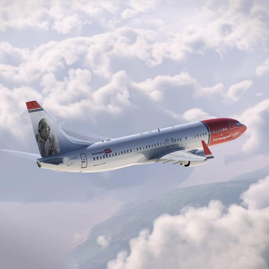 Roald Dahl på halen av en Boeing 737-800.