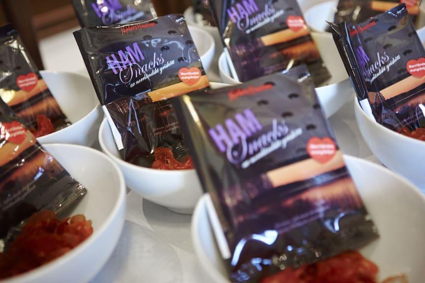 Torkade Ham-snacks från Nyhléns Hugosson
