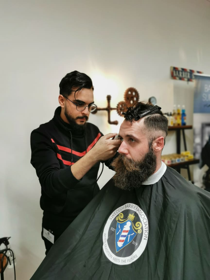 Abbe Al-Jadir, Royal Barbershop
