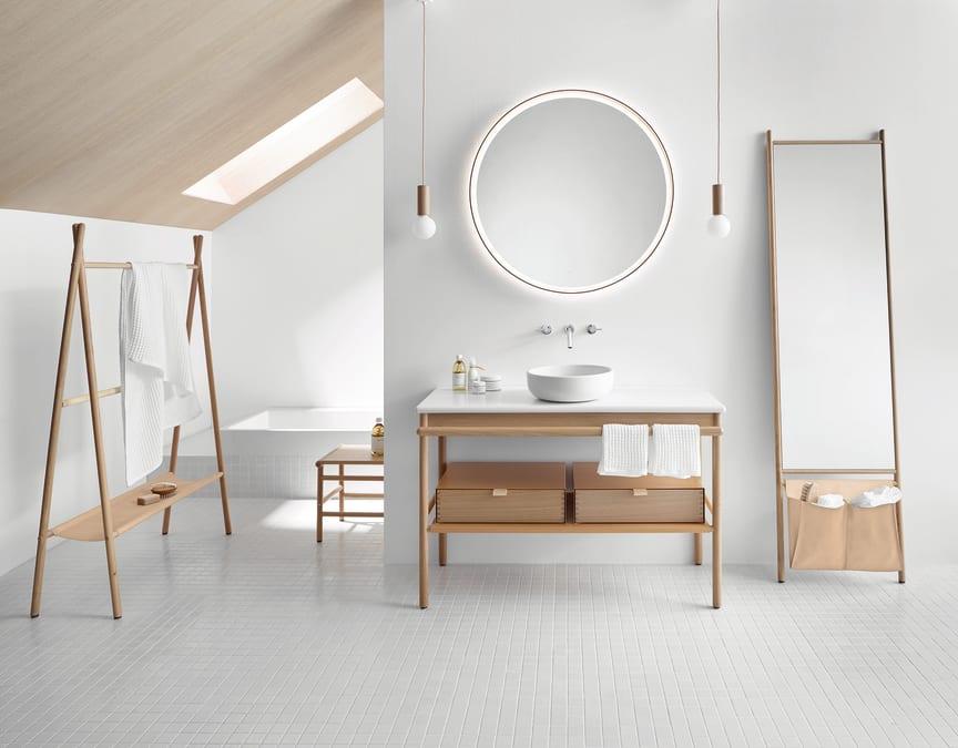 Ausgezeichnetes Design in Echtholz und Keramik: schlicht, ehrlich, wohnlich