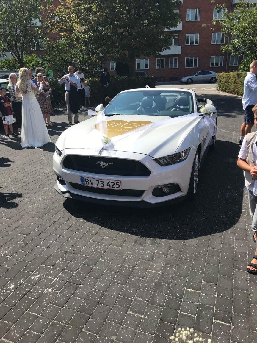 Mustang-bryllup