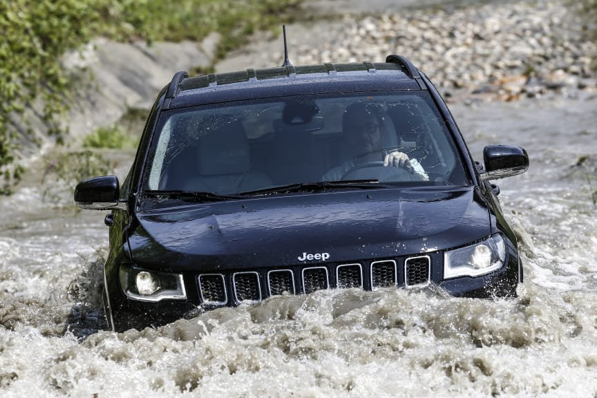 Jeep Compass Limited_4xe (7)