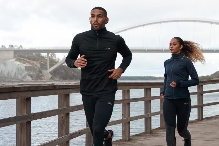Outdoor_men_women_running