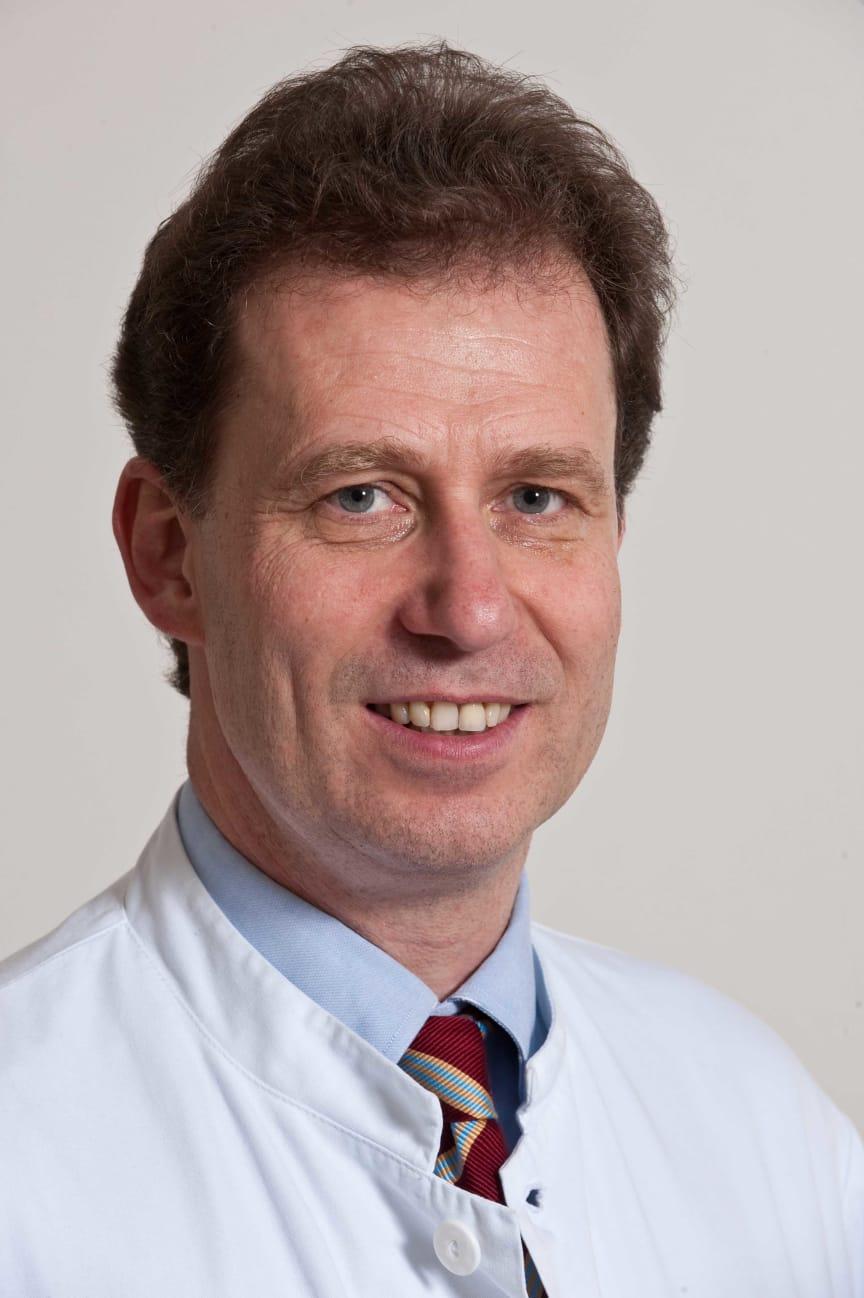 Dr. Peter Buggisch.jpg