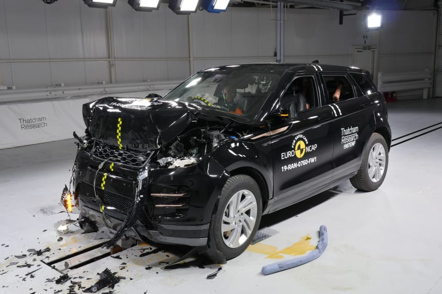Range Rover Evoque Frontal full width test April 2019