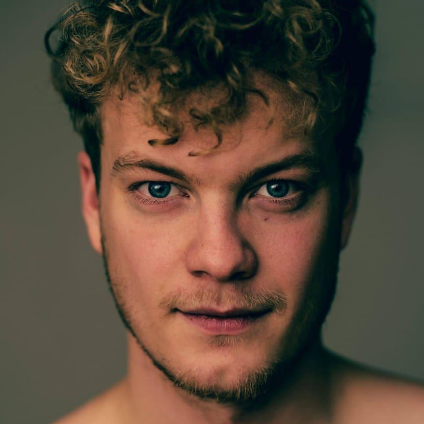 Årets Reumert Talent 2017 – Skuespiller Niels Anders Manley