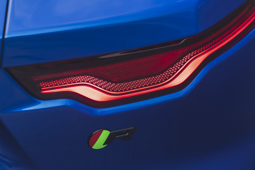 Jag_F-TYPE_21MY_Reveal_Image_Detail_Rearlight02.12.19_01