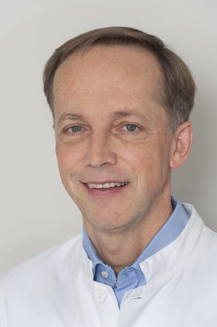 Prof. Jörg Petersen.jpg